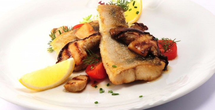 Baked Pikeperch with Mushrooms (Bolete)