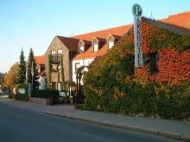 Hotel Parkhotel Pruhonice - Autumn